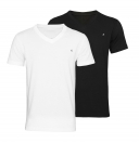 Replay 2er Pack T-Shirts V-Ausschnitt M3589 22602 040 black, white S18-RPT1